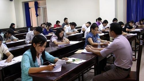 Tuyển sinh thạc sĩ: Lại miễn thi ngoại ngữ 2