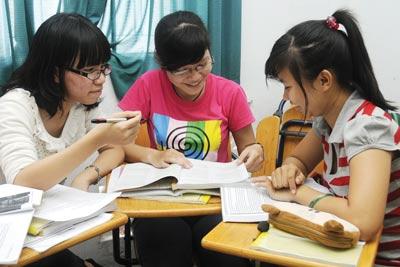 sinh viên học nhóm
