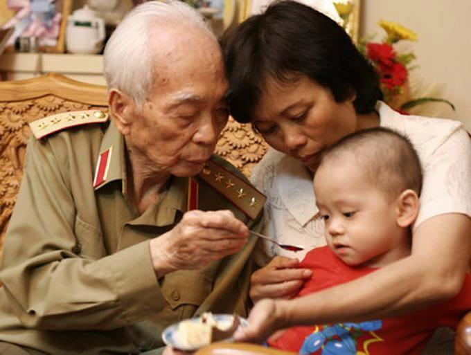 Đại tướng Võ Nguyên Giáp và gia đình