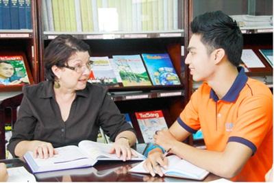 Học tiếp liên thông lên đại học ngay sau khi hoàn thành khóa học cao đẳng
