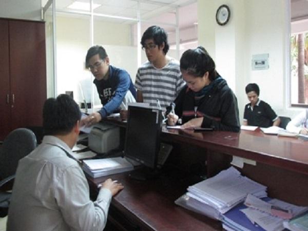 Giảm mạnh hồ sơ đăng ký dự thi ĐH, CĐ 2014