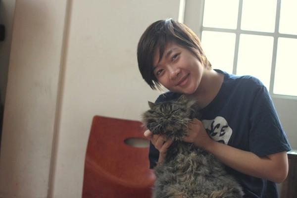 Huyền Hương là người đầu tiên mở loại hình cà phê mèo ở Hà Nội