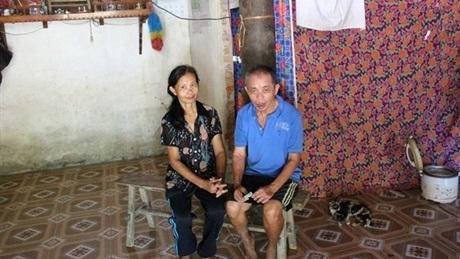 Bố và mẹ Cường đã già, đau ốm thường xuyên