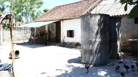 Ngôi nhà lụp sụp của gia đình Cường