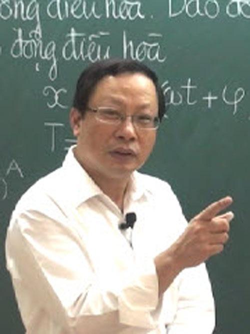 """5 thầy giáo luyện thì Vật Lý """"đình"""" nhất Hà Nội được học trò yêu mến"""