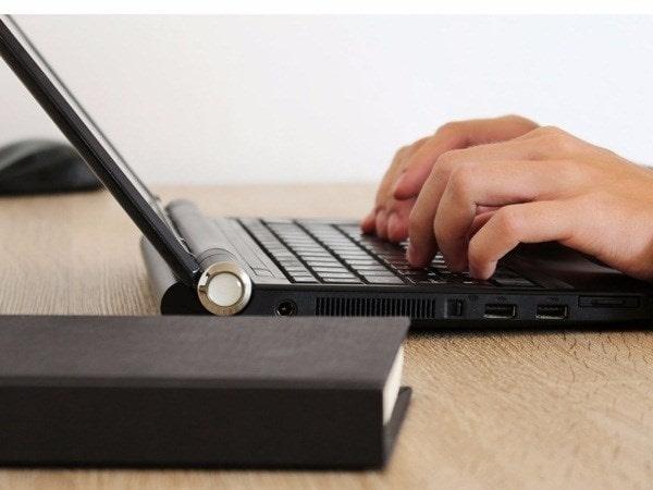 Mách sinh viên 7 công việc làm thêm online kiếm tiền nhanh nhất