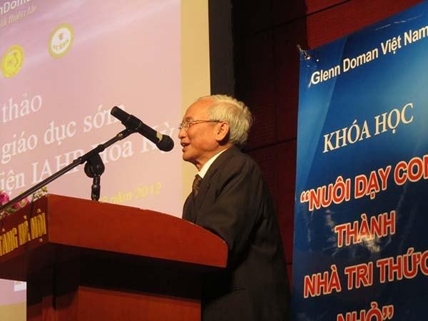 """""""Phương pháp giáo dục sớm Glenn Doman"""" khiến giáo dục Việt Nam phải suy nghĩ"""