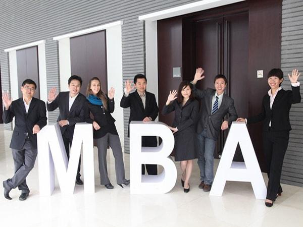 Những lời khuyên hữu ích cho người theo học MBA
