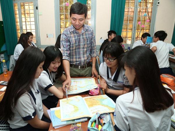 Chọn ngành học phù hợp theo tính cách là một trong những điều nên làm khi các bạn học sinh, sinh viên