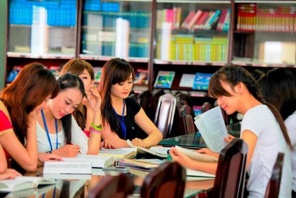 Ngành học yêu cầu phải giao tiếp và luôn vận động phù hợp với người hướng ngoại