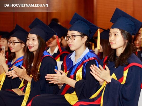 Trường đại học nào đào tạo quản trị kinh doanh chất lượng?