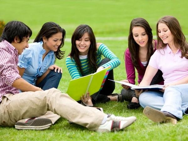 Bí quyết đạt điểm cao môn Tiếng Anh dành cho học sinh lớp 11 1