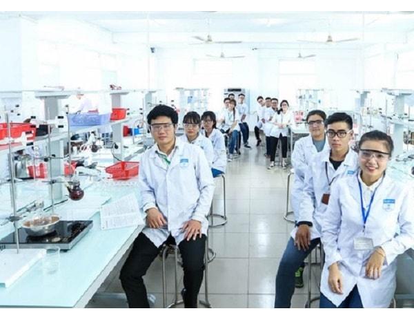 Những công việc làm thêm hấp dẫn dành cho sinh viên ngành dược 1