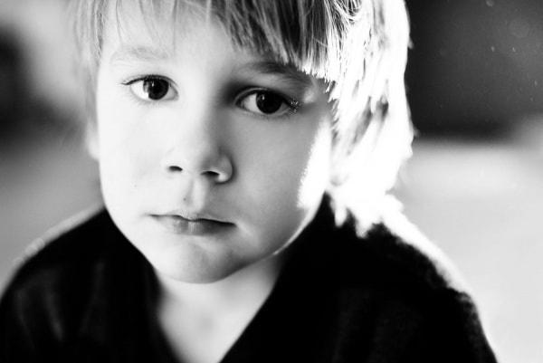 Những dấu hiệu nhận biết bệnh động kinh ở trẻ nhỏ 1