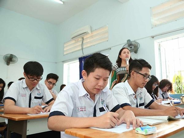 10 cách đạt điểm cao môn Văn lớp 10 1