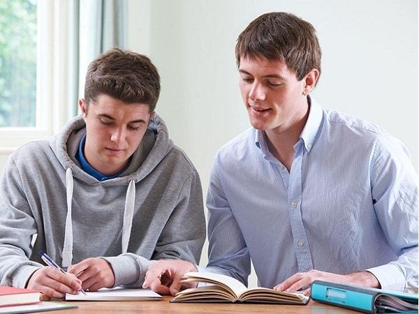 10 bí quyết lựa chọn gia sư cho học sinh ôn thi cuối cấp 1