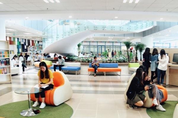 Mỗi phòng học được trang bị thiết kế hiện đại và khác nhau tạo cảm hứng học tập cho các sinh viên