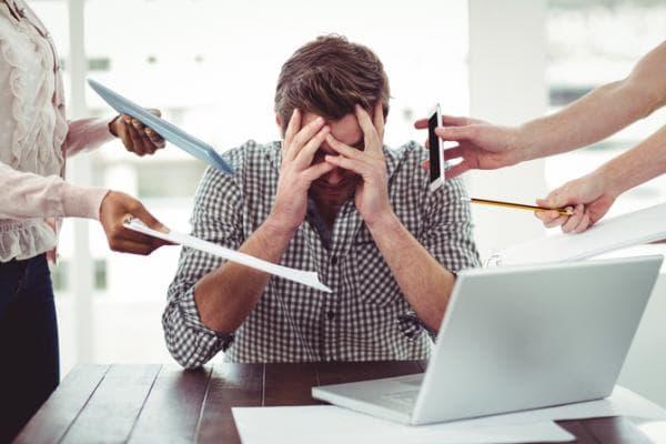 Những biểu hiện của stress trong công việc