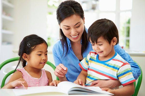 Chuẩn bị góc học tập và dụng cụ học tập cho trẻ