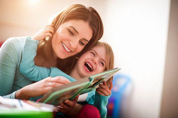 Đọc sách cho trẻ nghe mỗi ngày