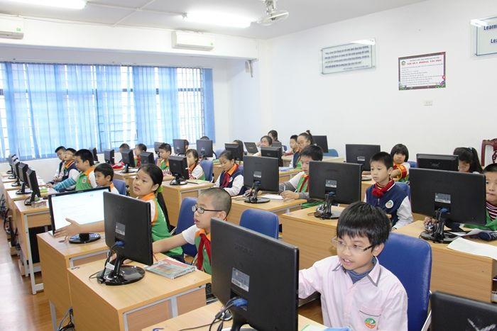 Diện tích phòng học tin học phù hợp