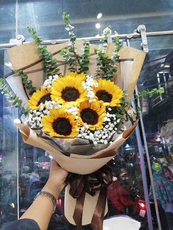 Đặt mua hoa tươi tặng khai giảng tại Diện hoa Nét Việt Iri.vn